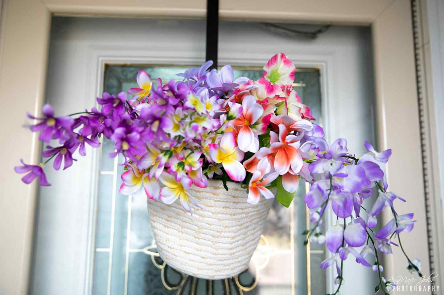 How to Decorate Your Front Door For Spring