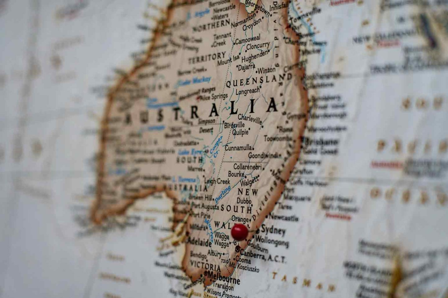 Reasons to Consider Moving to Australia