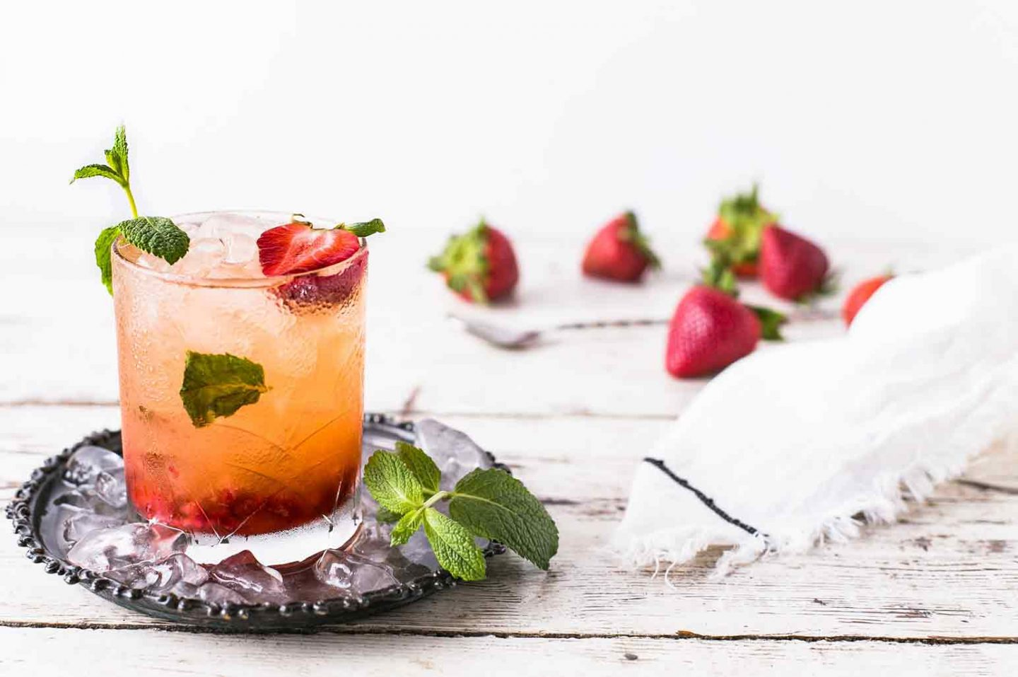 7 Tropical Cocktails for Summer