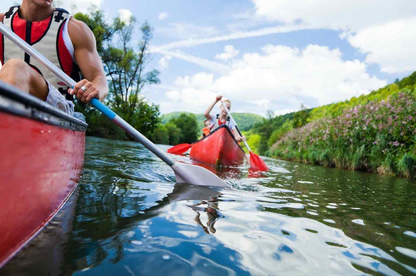 Useful Kayaking Tips and Tricks From the Experts