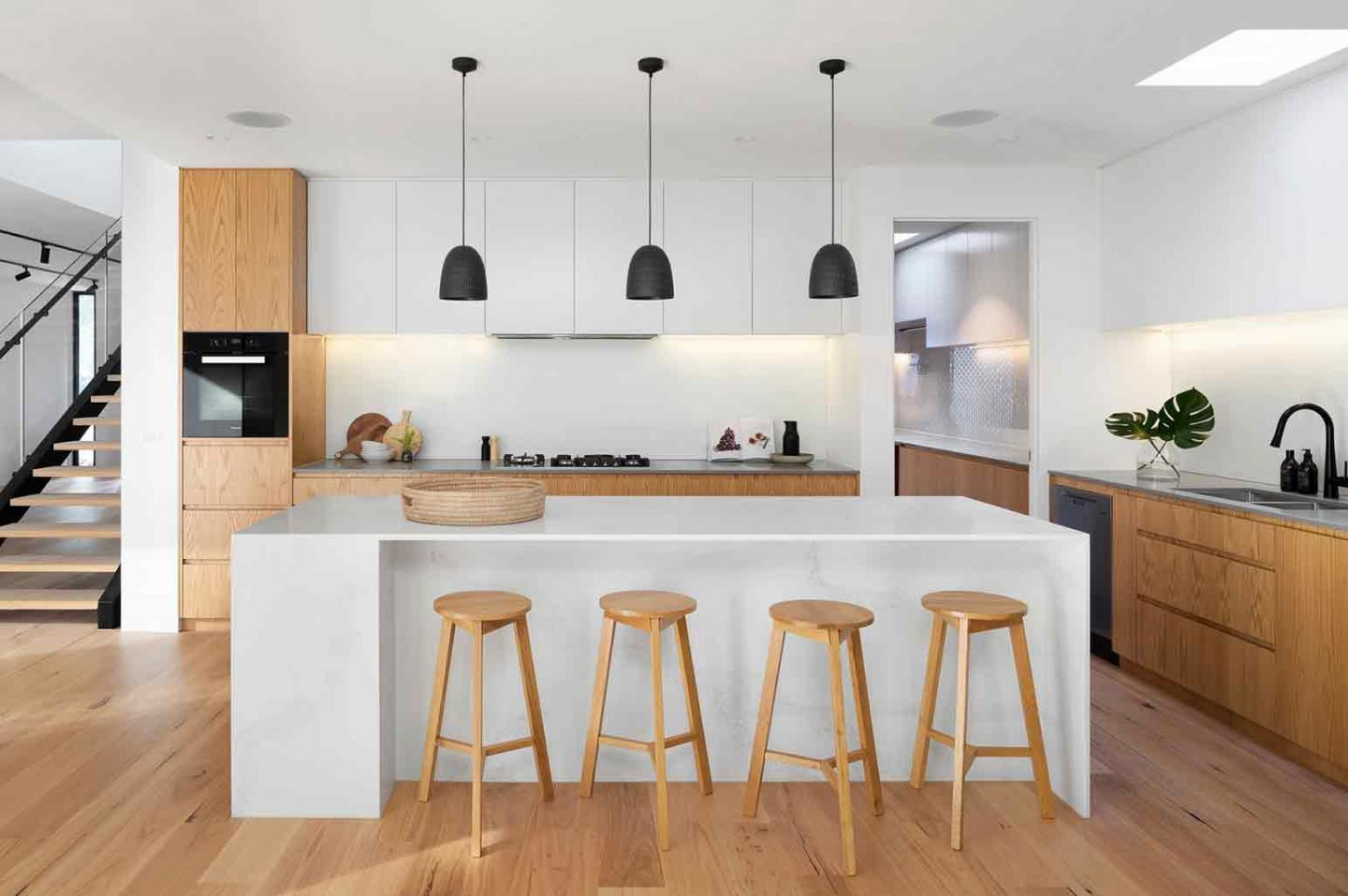 Ways To Bring Life To Your Kitchen