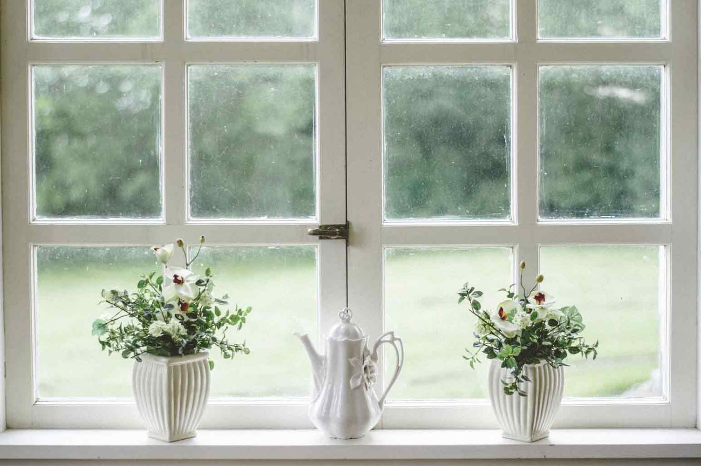 Best Ways to Clean Your Glass Window