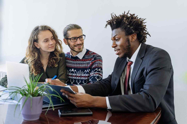How to Hire a Financial Advisor