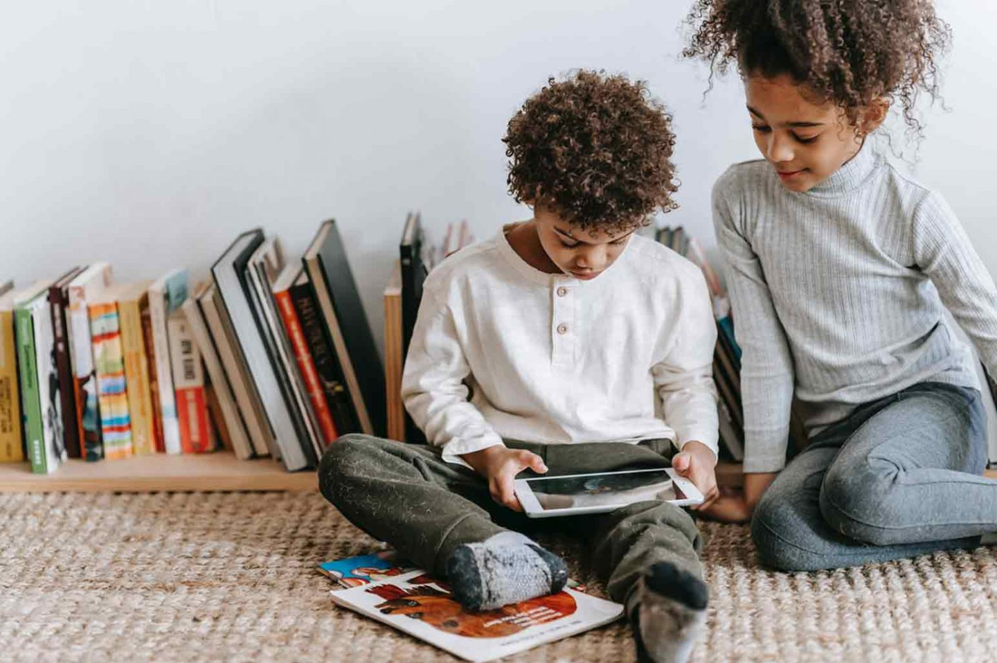 Finding Online Games to Boost Kids Knowledge