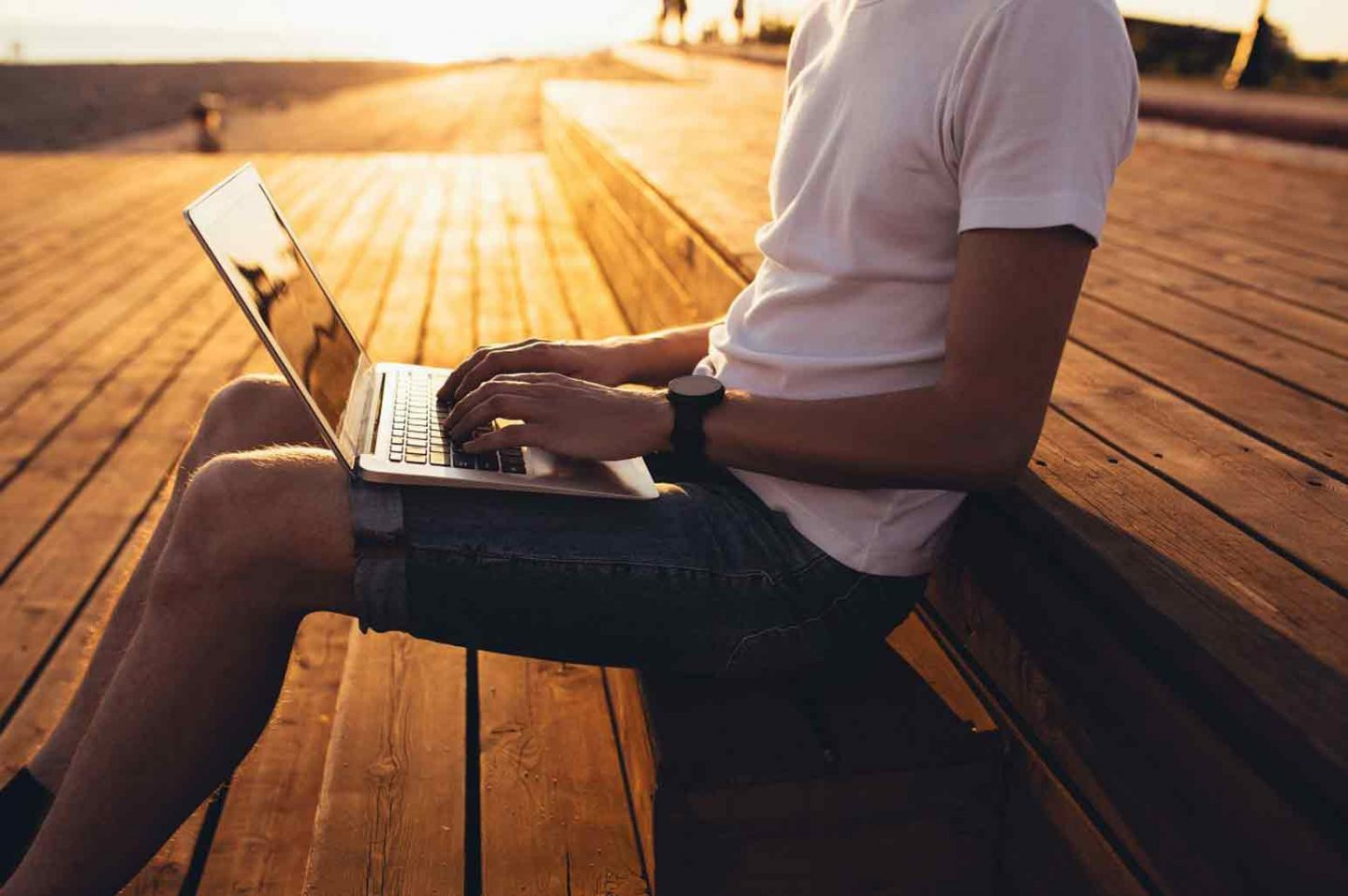 How To Work Safely Online While Traveling