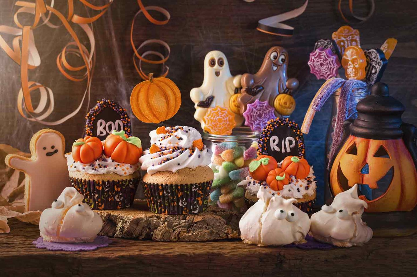 How to Host an EPIC Halloween Party