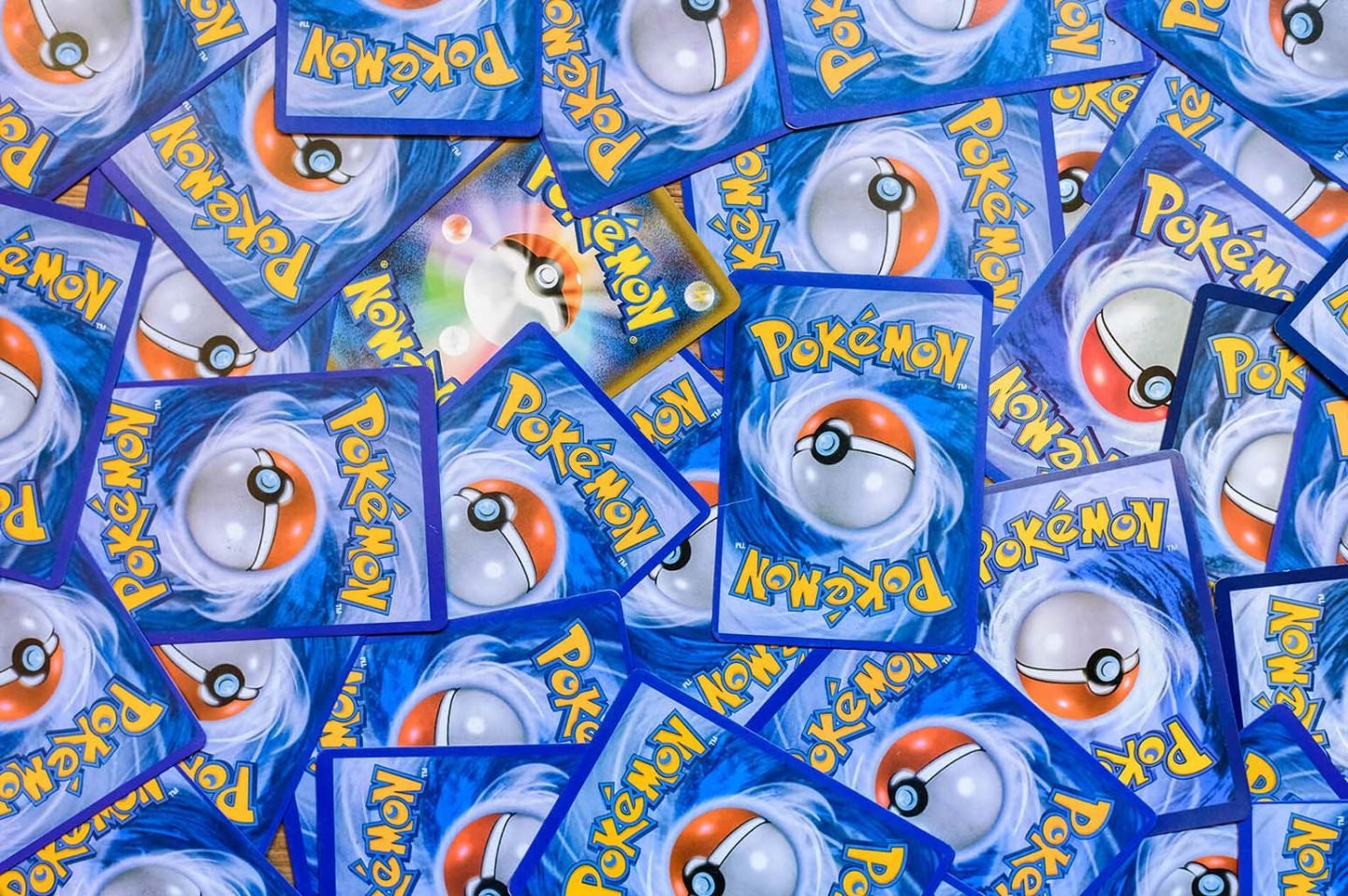 Gifts to buy for a card collector