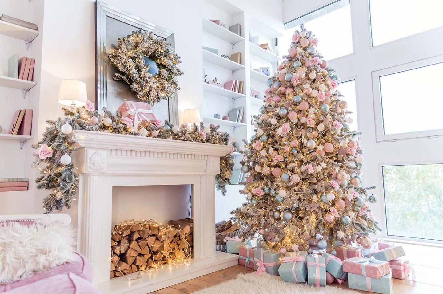 Frugal Ways to Decorate for Christmas