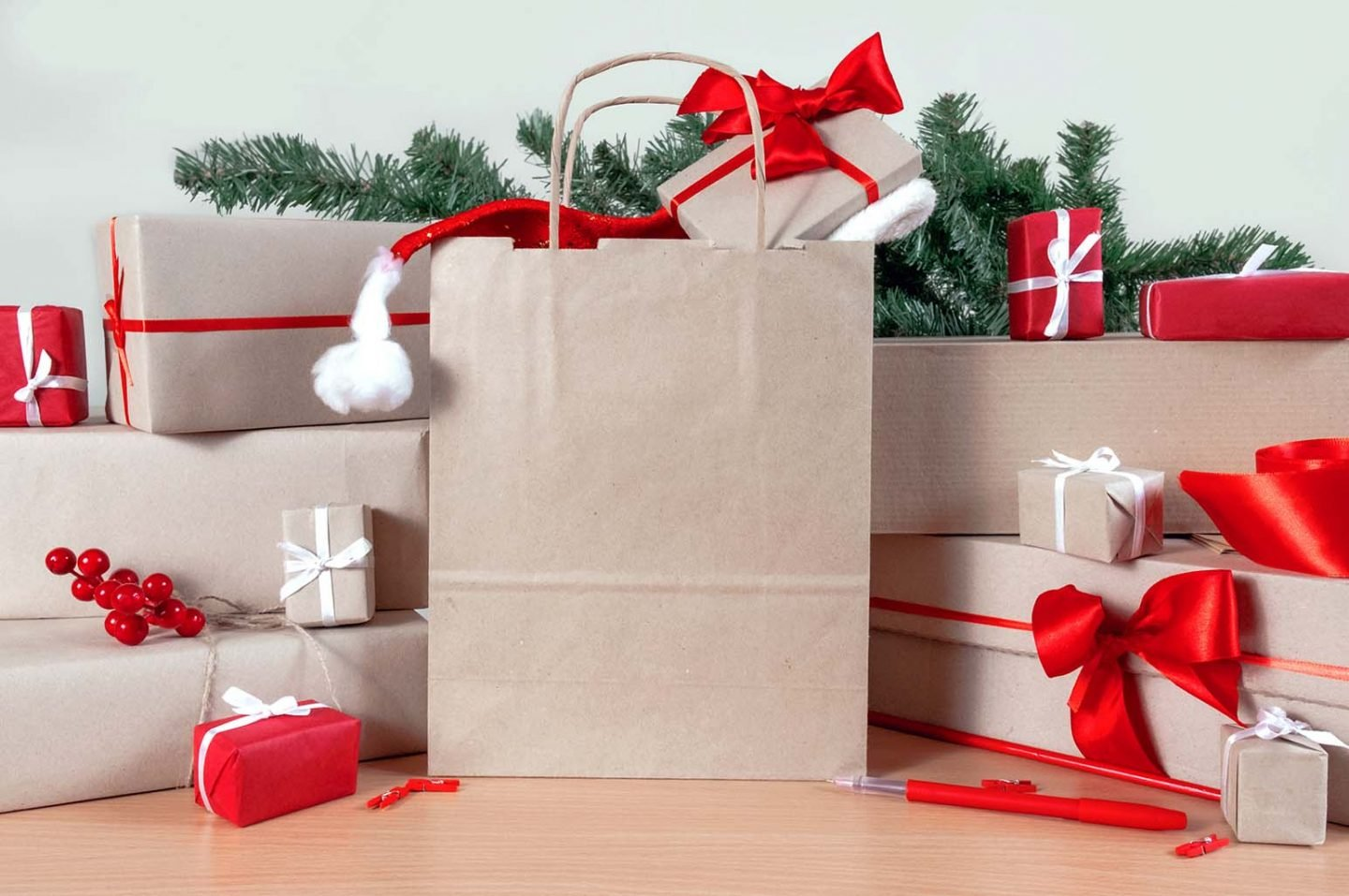 Ways to Spend Less This Holiday Season